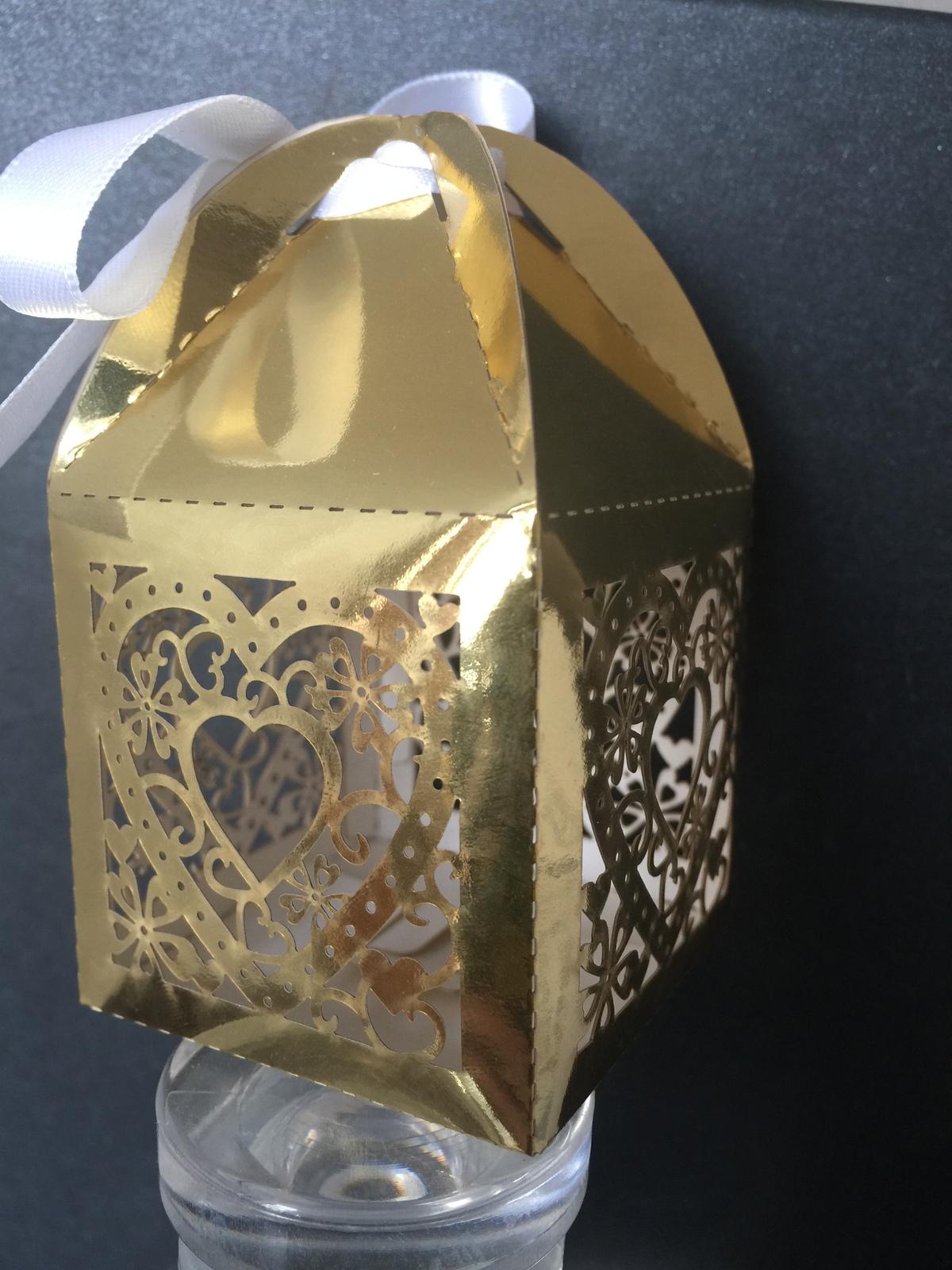 100pcs Metallic Gold Heart laser cut wedding gift box,Candy Gift Packaging Box