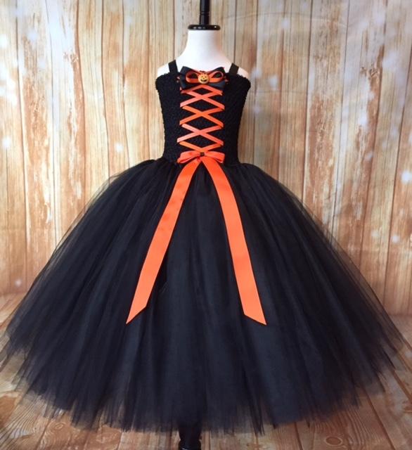 Black orange witch 4