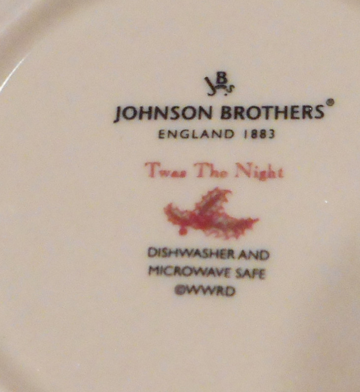 Johnson Brothers Twas The Night, Tea Saucer, Ivory, Red Holly, Berry Design, New