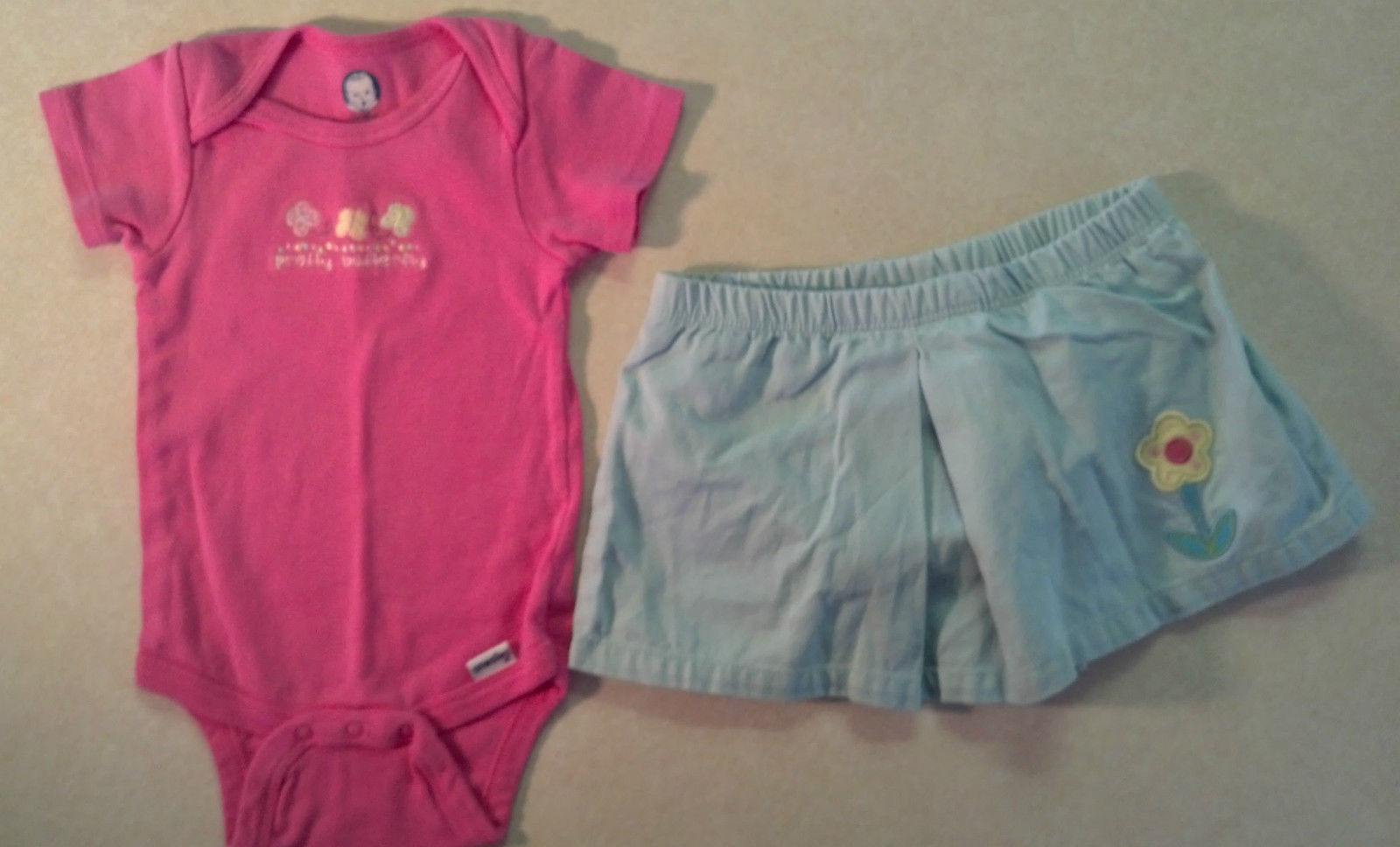 Cute Girl's Sz 6-9 M Month 2 Piece Outfit Pink Gerber Top & Blue Old Navy Skirt