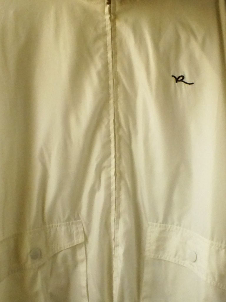 ROCAWEAR ALL WHITE WINDBREAKER FULL ZIPPER