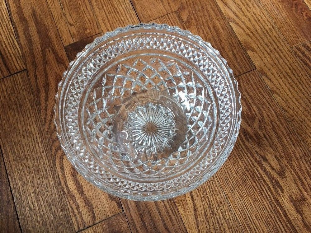 CLEAR GLASS STAR CRIMPED Scalloped EDGE FOOTED Pedestal Serving BOWL DISH