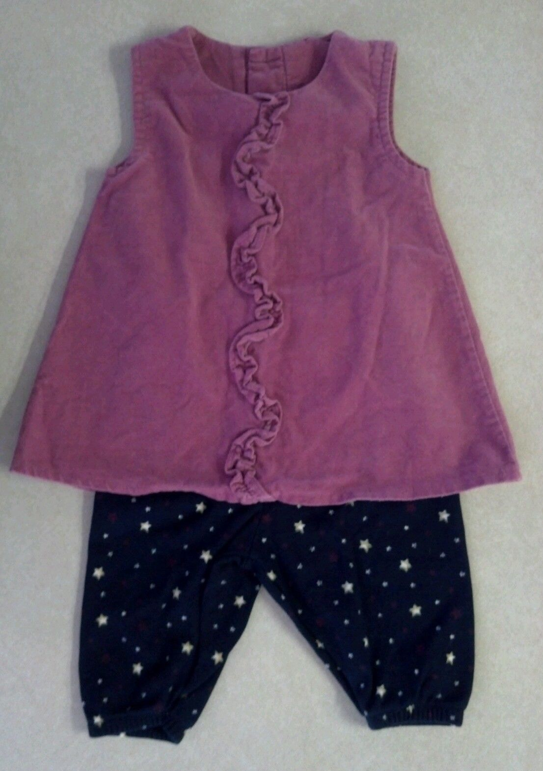 Cute Girl's Size 0-3 M Months Two Piece Outfit Pink Ruffled Top & Star Pants