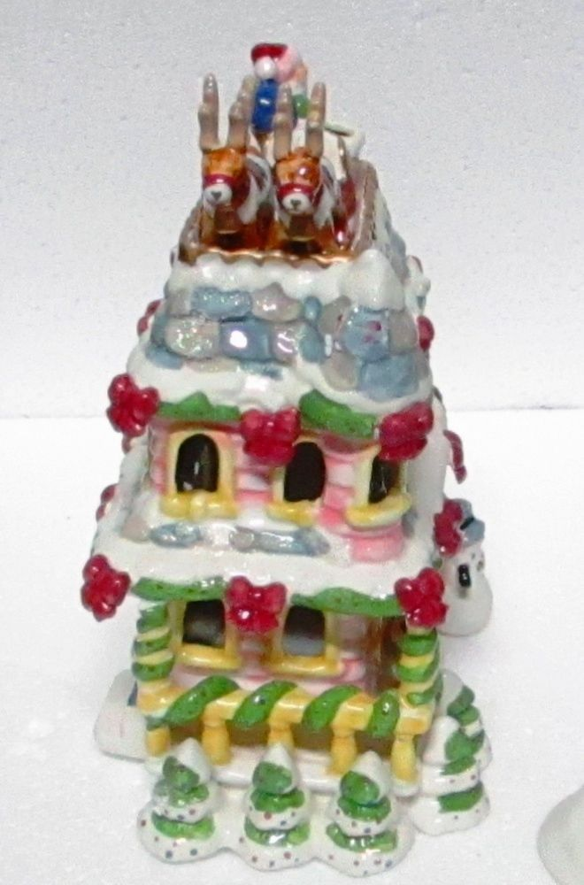 Avon A Visit From Santa Tealight House Porcelain with Box