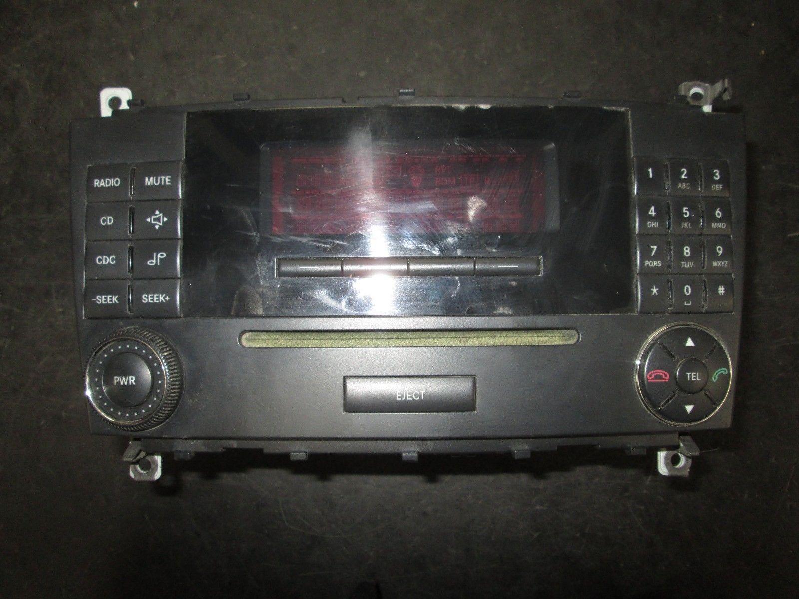 05 06 07 MERCEDES C CLASS RADIO CD PLAYER #A2038705189 *See item description*