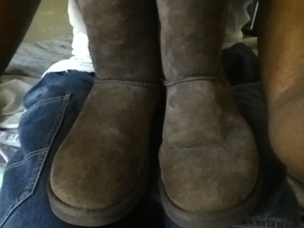 UGG AUSTRALIA  sheep skin LEATHER brown winter shoes size W6 booties