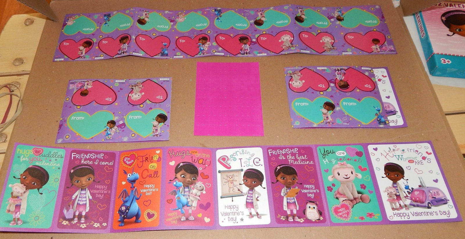 Valentines 32 Cards USA 8 Designs & Heart Stickers Disney Doc Mcstuffins 101O