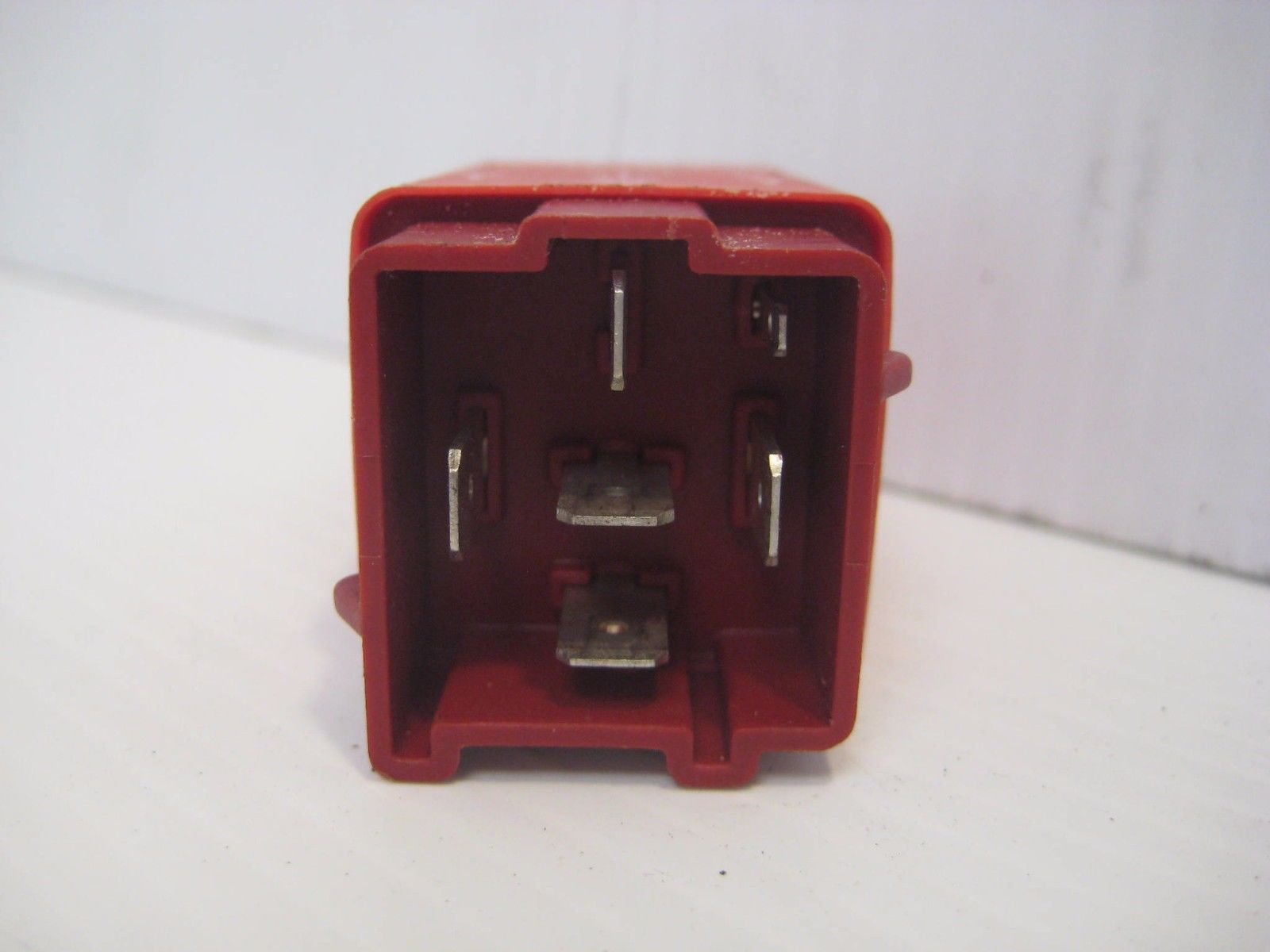 Volvo 850 Turbo 1994 Relay Intermittent Wiper Control 9140663 OEM