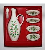 Lenox Dimension Collection Holiday Holly Oil Bottle & 4 Plate Gift Set N... - $45.00