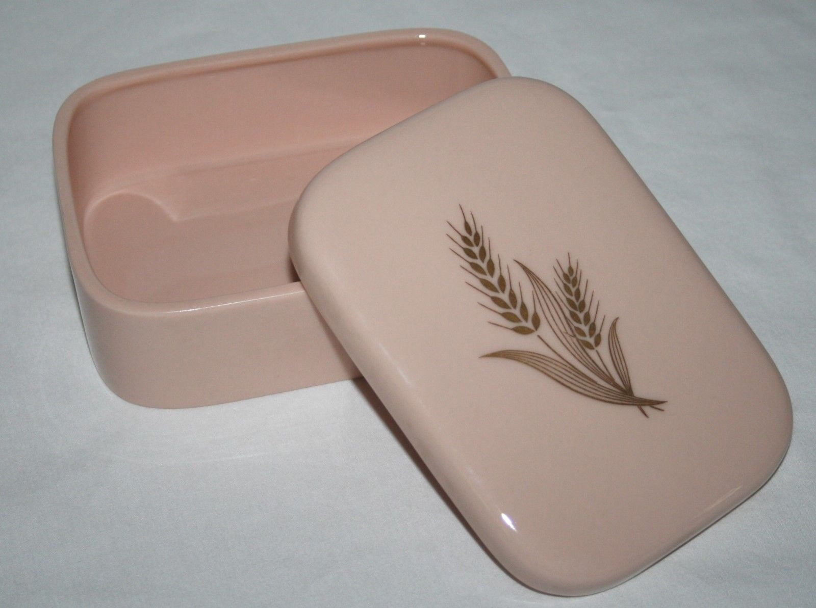 Lenox -Green Mark- Dusty Pink Gold Wheat Cigarette Trinket Box with Lid