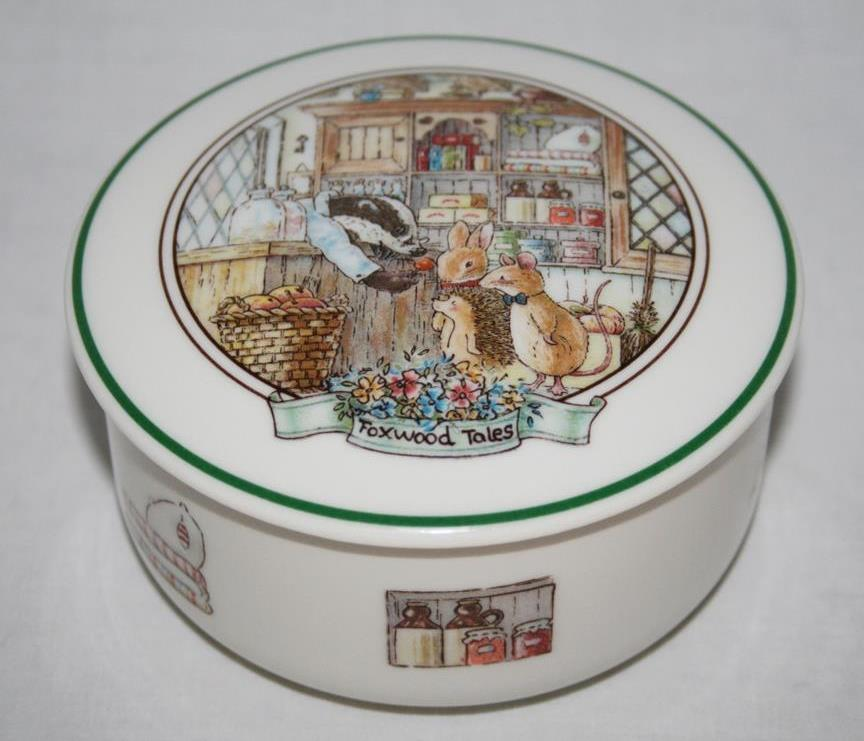 Villeroy & Boch Foxwood Tales Round Covered Candy Trinket Box  #1896
