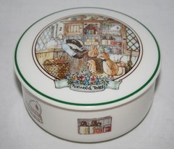Villeroy & Boch Foxwood Tales Round Covered Candy Trinket Box  #1896 - $34.00