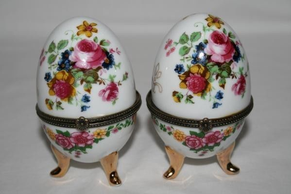 Vintage SET 3 Footed White Floral Egg Trinket Boxes  #393