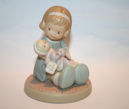 "1994 Memories Of Yesterday ""Wrapped In Love & Happiness""  #602930   -MIB-   - $30.00"