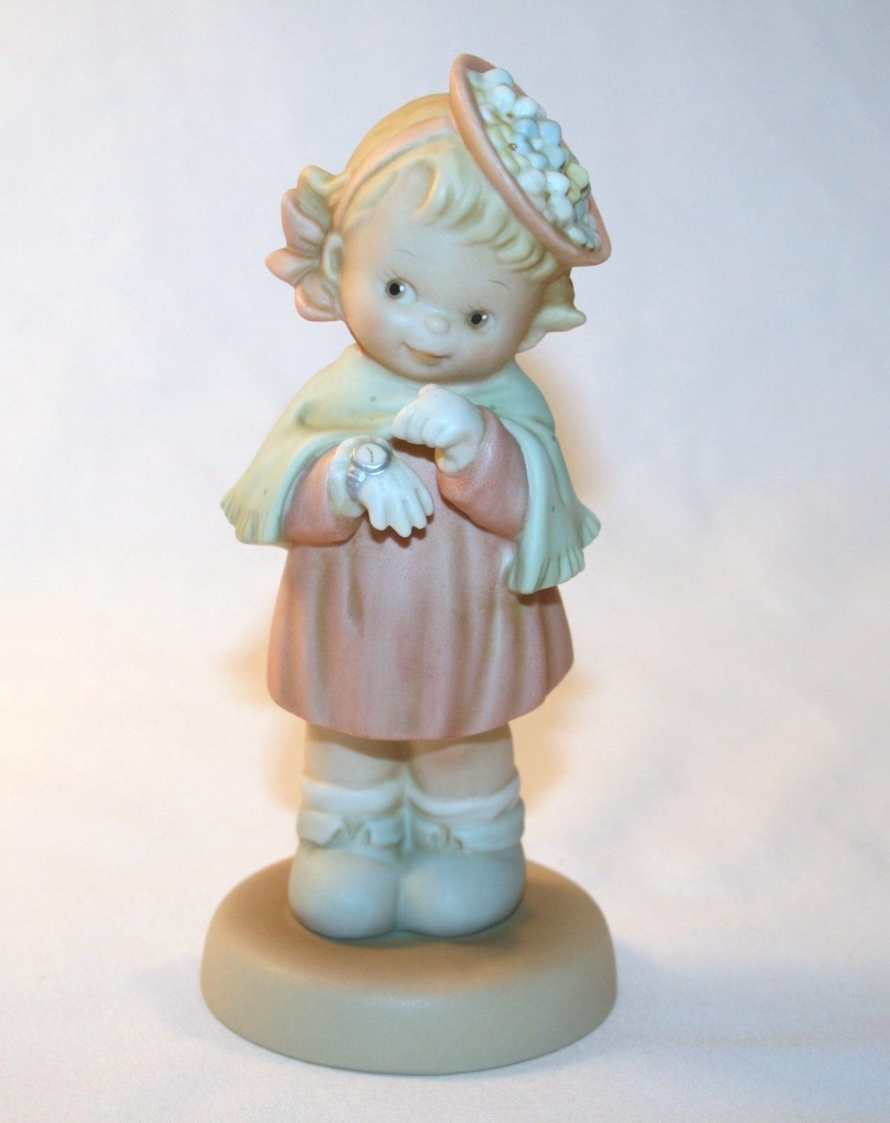 "Memories Of Yesterday 1994 ""Time To Celebrate"" Figurine #S0105 -MIB-"