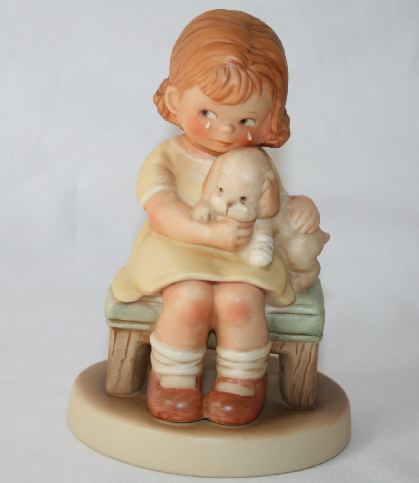 "Memories Of Yesterday 1987  ""It Hurts When Fido Hurts""  Figurine #114561"