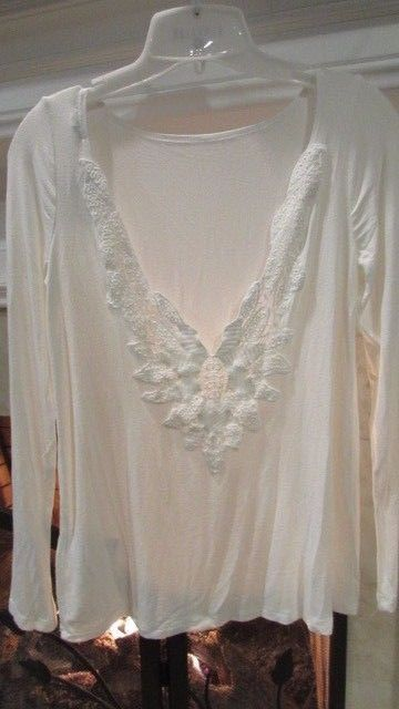 Urban OutfittersEcote Ivory Low Back Top Sz XS Retail $44.00