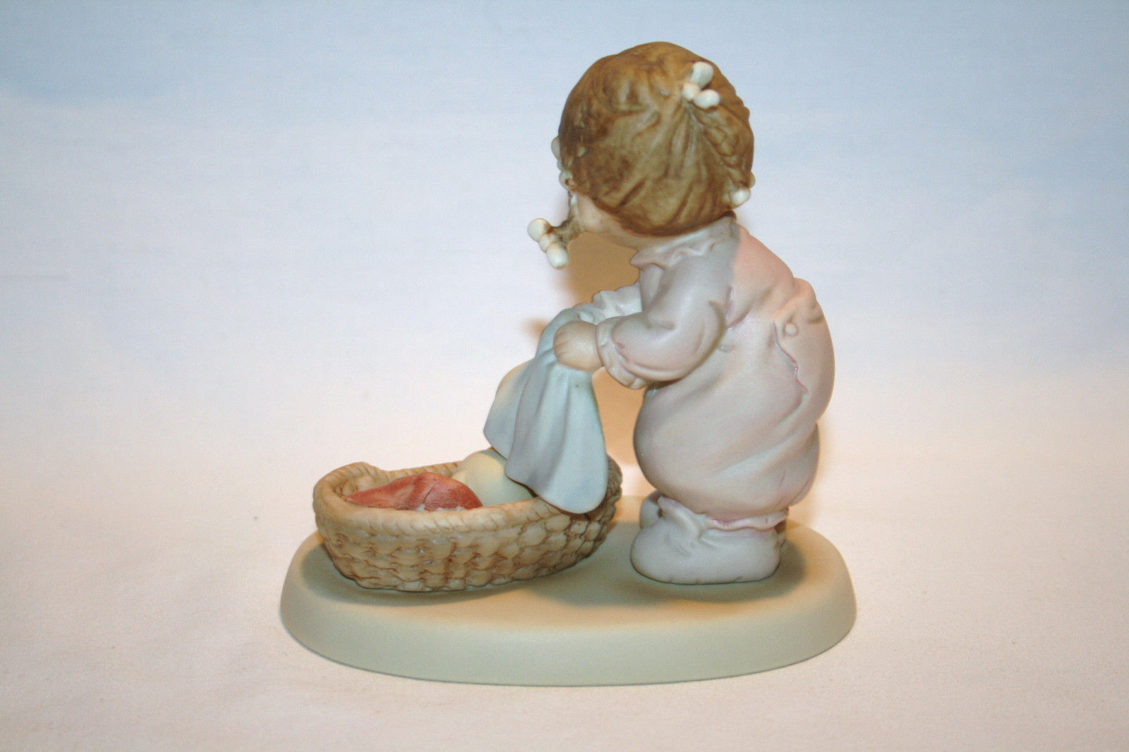 "1988 Memories Of Yesterday  ""He Knows If You've Been Bad or Good""  #115355 -MIB-"