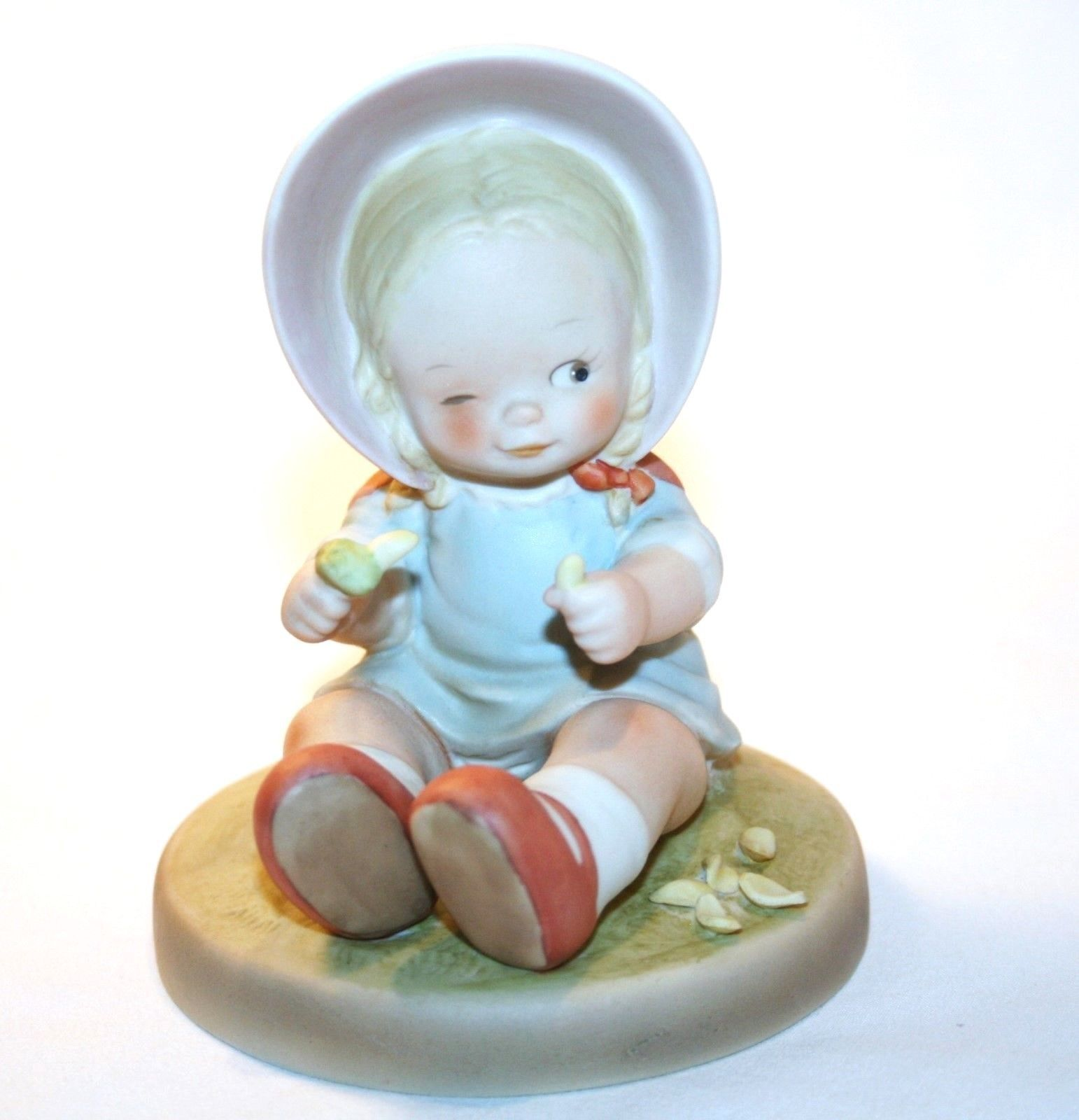 "Memories Of Yesterday 1989  ""Luck At Last - He Loves Me"" Figurine #162620  -MIB-"
