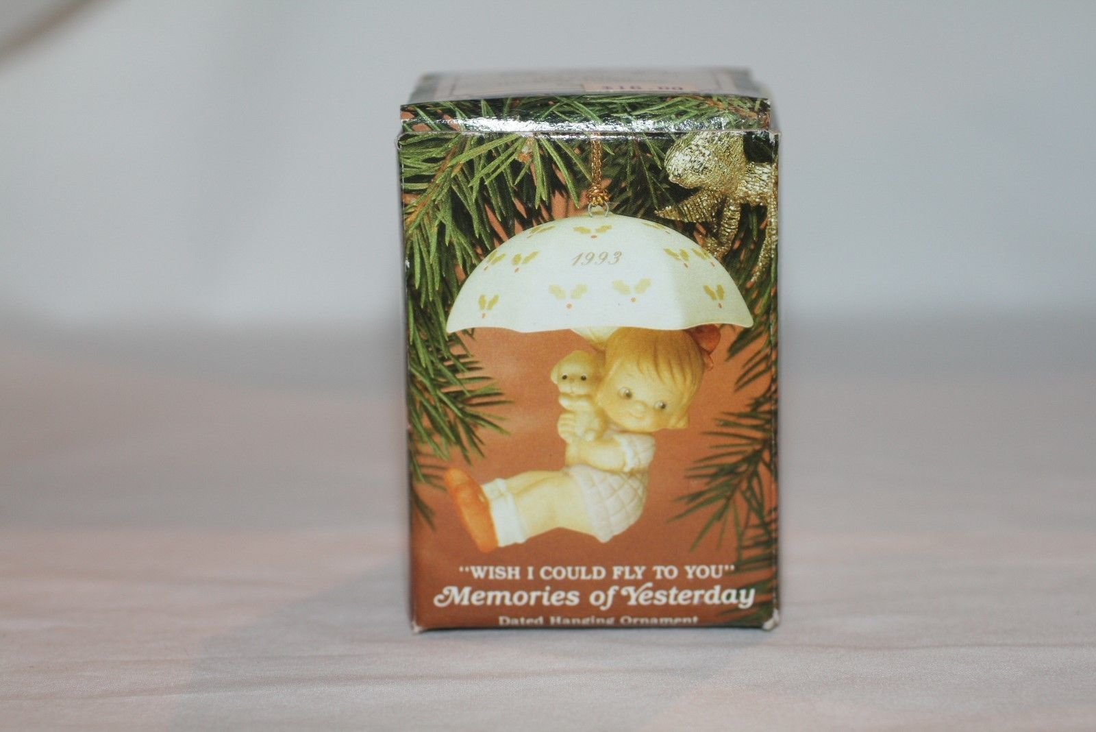 """Memories Of Yesterday Ornament 1993  """"Wish I Could Fly To You""""  #525790  MIB"""