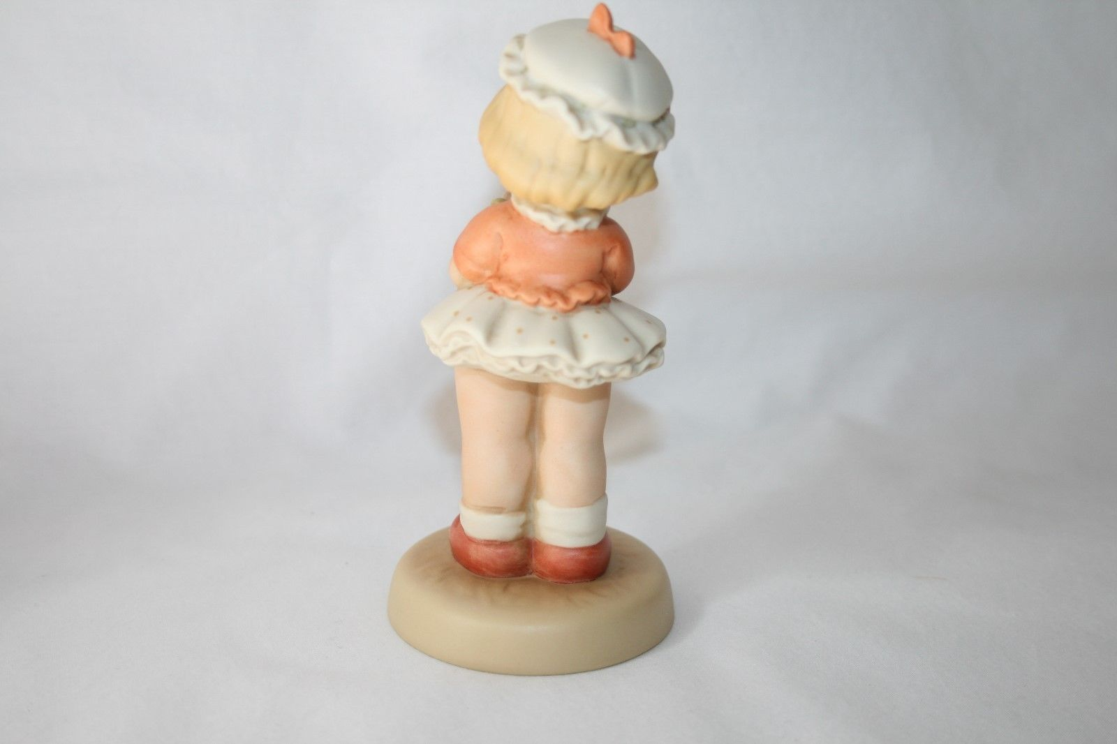 """Memories Of Yesterday 1993  """"I'm The Girl For You""""  Figurine #S0103 -MIB-"""