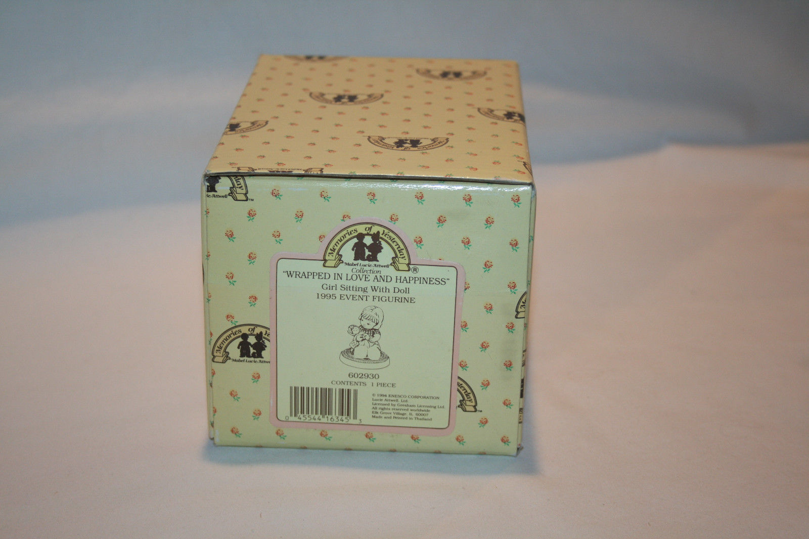 """1994 Memories Of Yesterday """"Wrapped In Love & Happiness""""  #602930   -MIB-"""