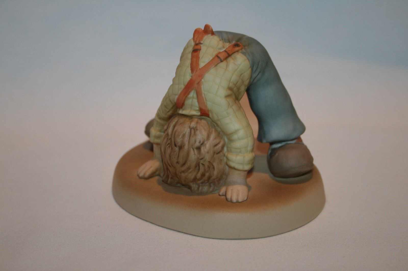 Memories Of Yesterday 1989 I'm Not As Backwards As I Look Figurine #523240 -MIB-