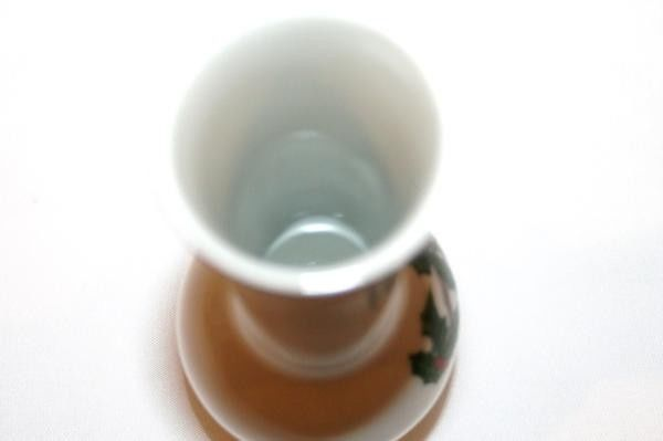LEFTON Japan Gold Trim Cardinal Holly Bud Vase  #966