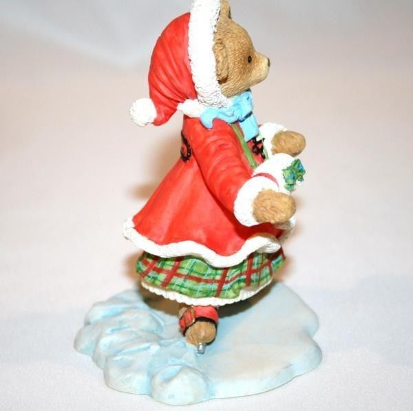 DEPT 56 Kitty Bosworth Cuts a Figure 8 Lawson -Upstairs Downstairs Bears- #961