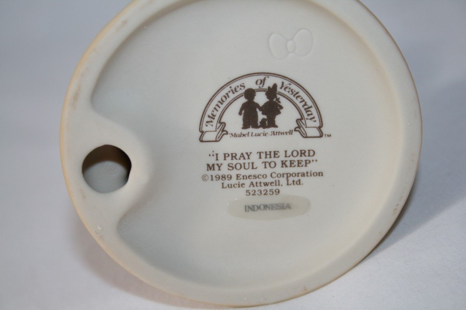 "Memories Of Yesterday 1989  ""I Pray The Lord My Soul To Keep""  #523259 -MIB-"