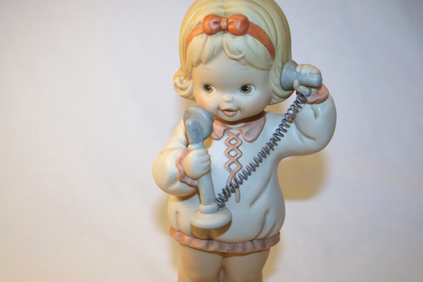 """1991  Memories Of  Yesterday """"I'se So Happy You Called""""  #526401  Large 9"""""""