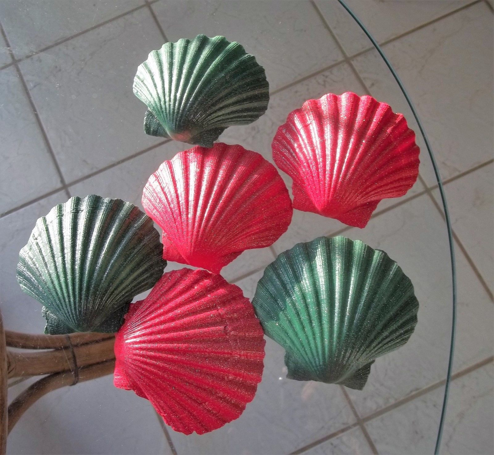 Painted Red & Green Scallop Irish Deep Sea Shell Christmas Beach Decor Set of 6
