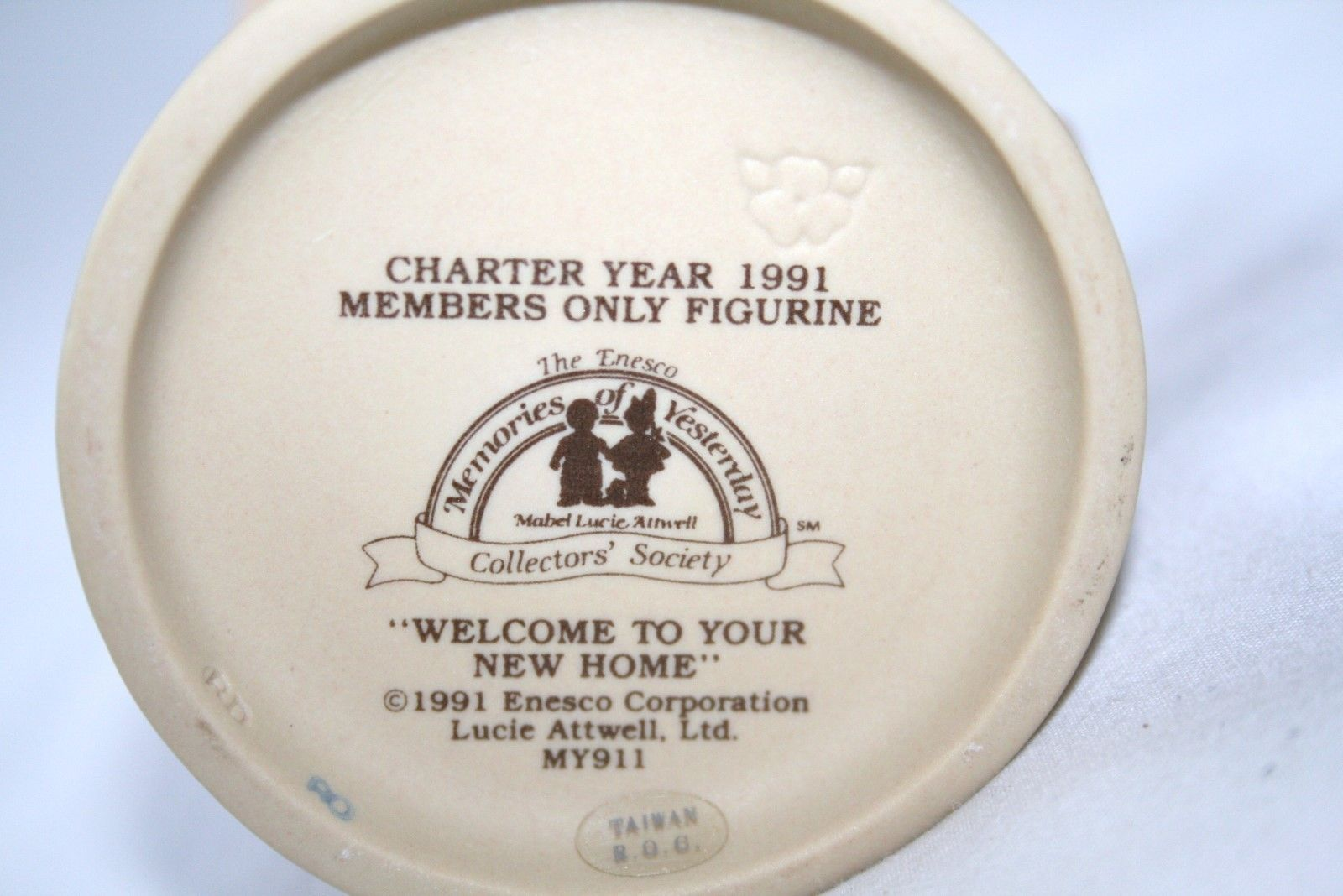 "Memories Of Yesterday 1991 ""Welcome To Your New Home"" Figurine #MY911 -MIB-"