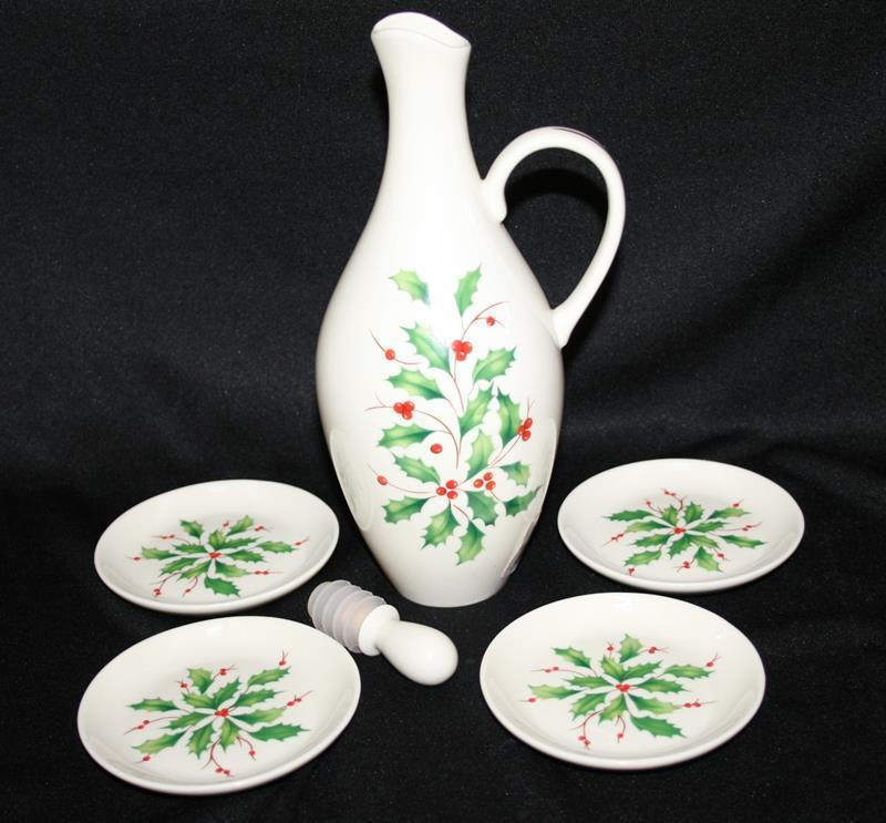 Lenox Dimension Collection Holiday Holly Oil Bottle & 4 Plate Gift Set NIB #1912