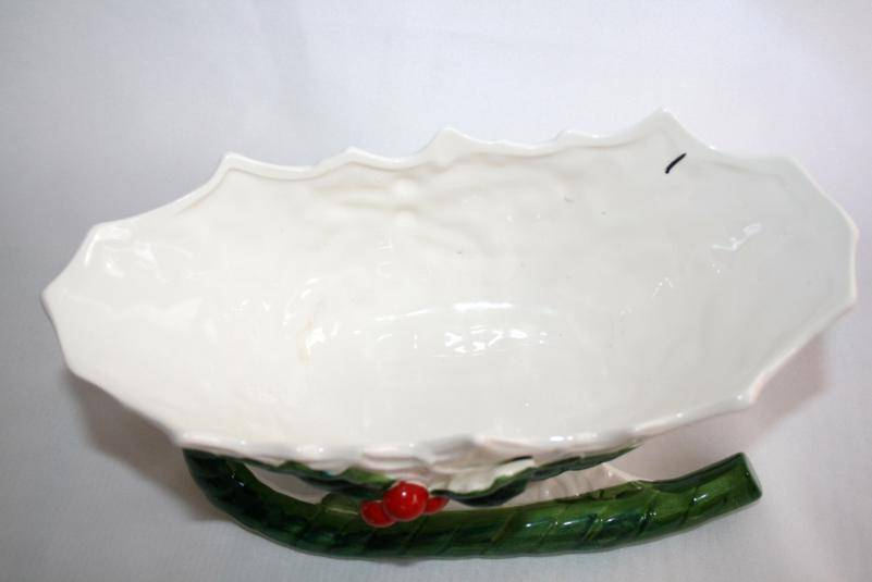 Vintage 1970-71 Lefton Numbered Japan White with Holly Sleigh   #986