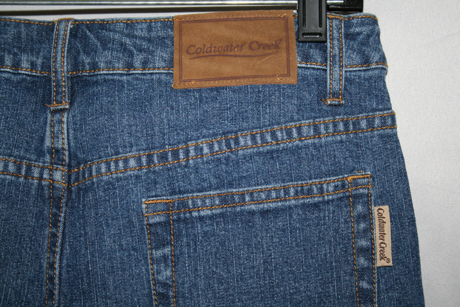 Coldwater Creek SHAPEME Straight Leg Jeans Size 6 --NWT--  $69.50
