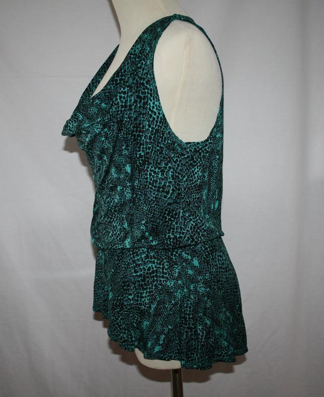 Maj Black Green Gray Print Rayon S/L Top X-Small  #2035
