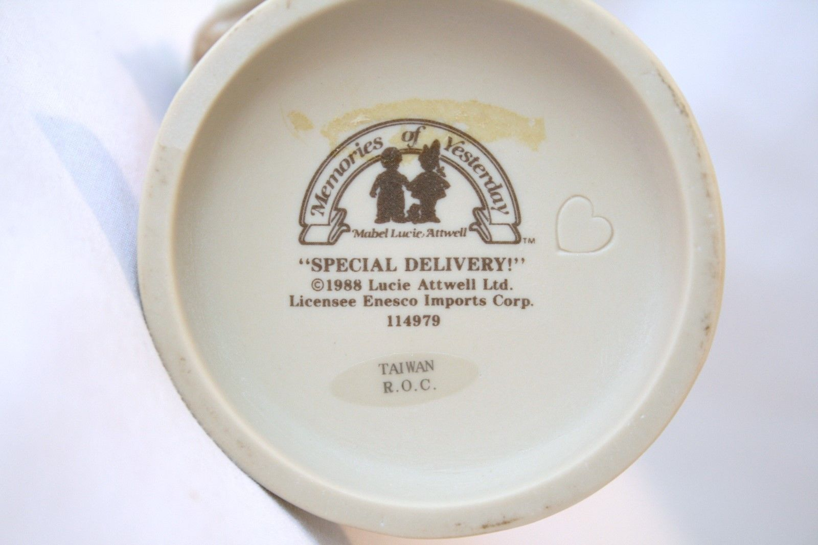 "Memories Of Yesterday 1988 ""Merry Christmas-Special Delivery!""  #114979 -MINT-"