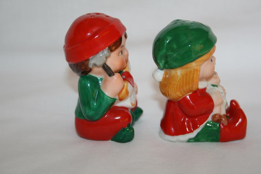 1983 Avon Santa's Helpers Claus & Company Christmas Children Salt Pepper #1934