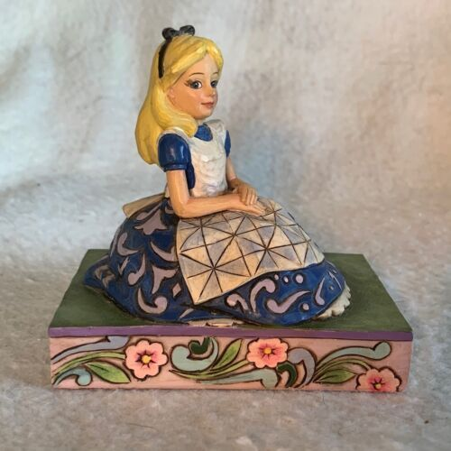 Primary image for Disney Showcase Traditions Jim Shore Enesco Alice Wonderland Awaiting Adventure
