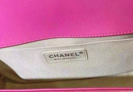 AUTHENTIC CHANEL PINK QUILTED GLAZED CALFSKIN MEDIUM BOY FLAP BAG RHW image 4