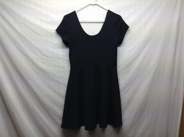 Planet Gold Black Short Sleeve Scoop Neck Dress