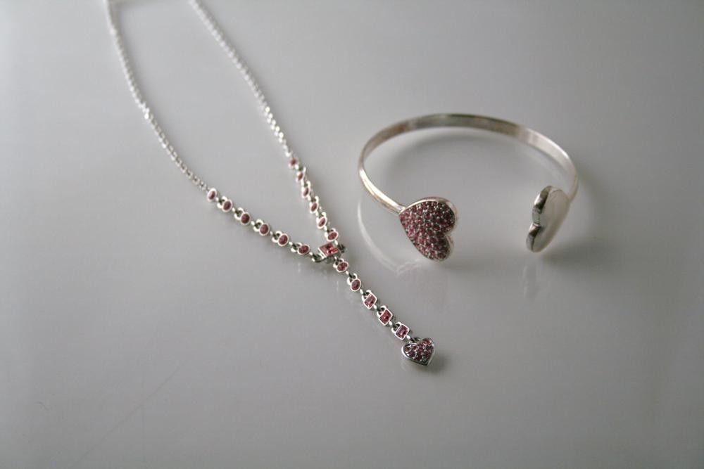 GIVENCHY Silvertone Pink Pave Crystal Heart Necklace & Bracelet J96