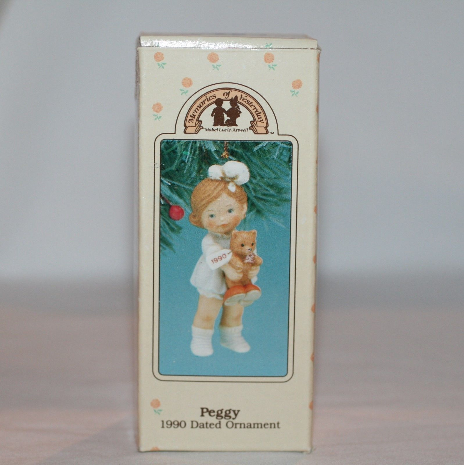 "Memories Of Yesterday Ornament 1990  ""Time For Bed Peggy""  #524638  MIB"