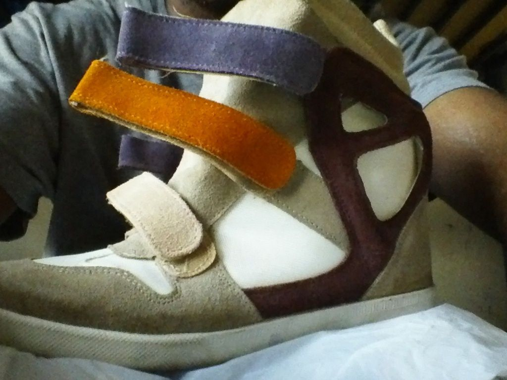 Modern Vice High Top Fashion Wedge Sneakers Suede & Leather Size EU 39 / US 8 -9