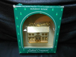 "Hallmark Keepsake ""Christmas Eve Visit"" 1985 Lighted Ornament USED - $14.85"