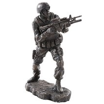 America's Finest Brave Soldier Military Heroes Collectible Figurine - £20.88 GBP
