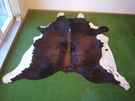 Cowhide Exotic 2902 - 7.6x7.4 ft. (231x225 cm) - $269.00