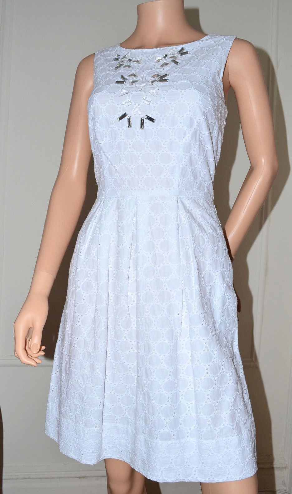 Miss Sixty M60 $128 White Cotton Eyelet Embroidered Dress size 6 Medium M NEW