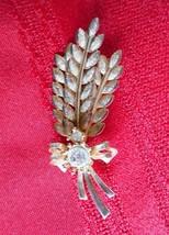 Sara Coventry Gold Tone Three Wheat Sheaves Two Rhinestone Brooch Pin 2 ... - $12.17